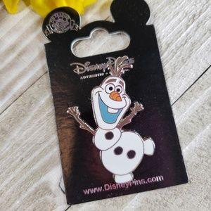 3/$48 Disney Parks Olaf Frozen Pin